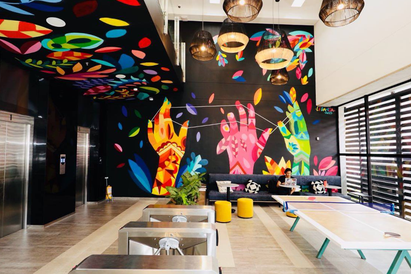 ROI UP Agency abre en Colombia