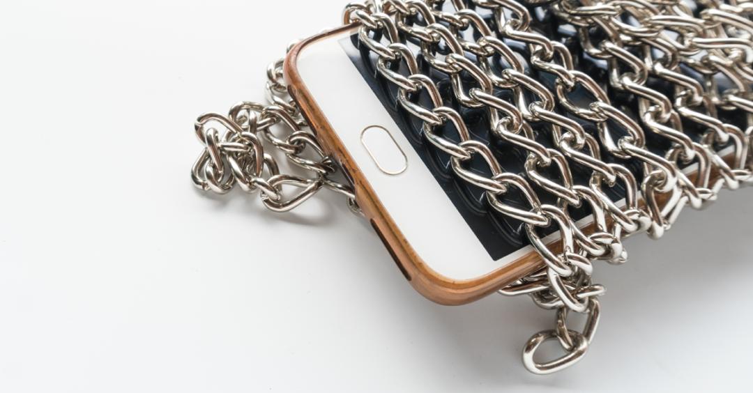 encadenados al móvil